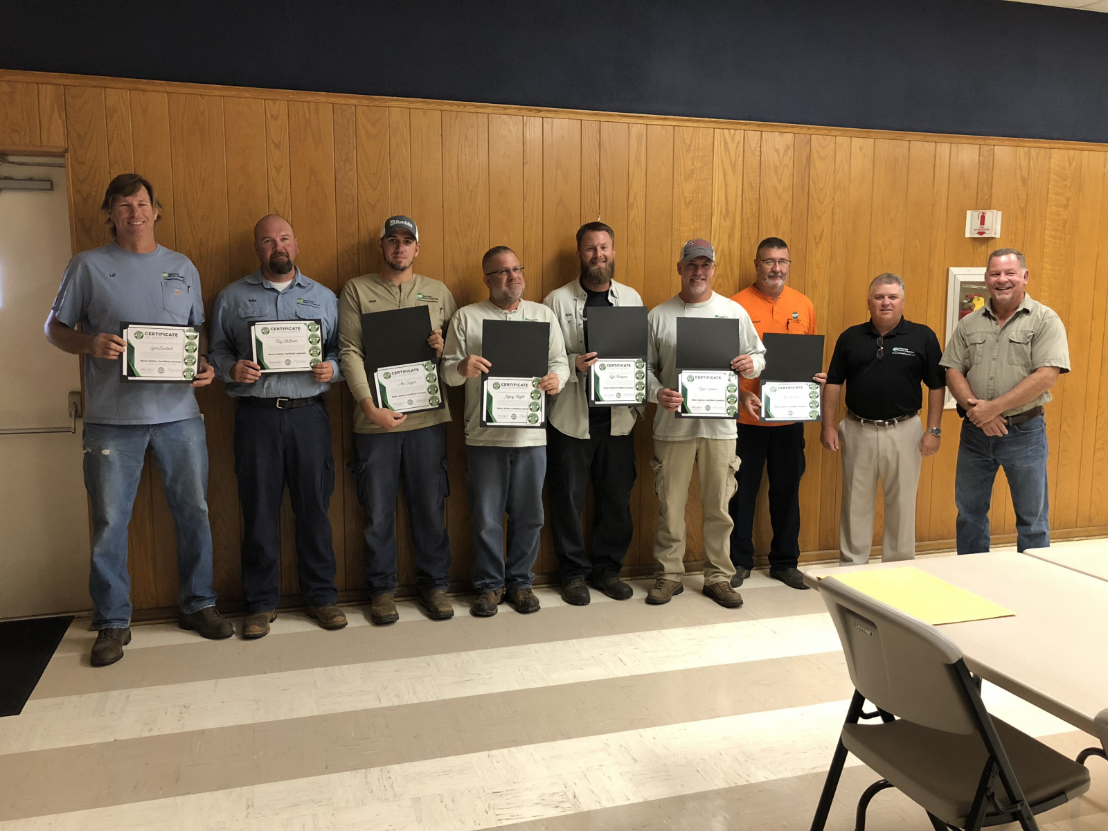 2018 Basic SCL Recipients Lynn Cantrell, Toby McBride, Alex Saylor, Jeffery Moffitt, Kyle Thompson,  Ryan Lorance, and Alan Watson with Caney Fork Electric Cooperative