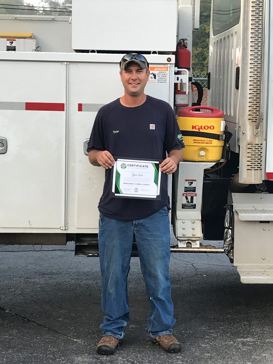 2018 Basic SCL Recipient Tyler Oaks from Caney Fork Electric Cooperative