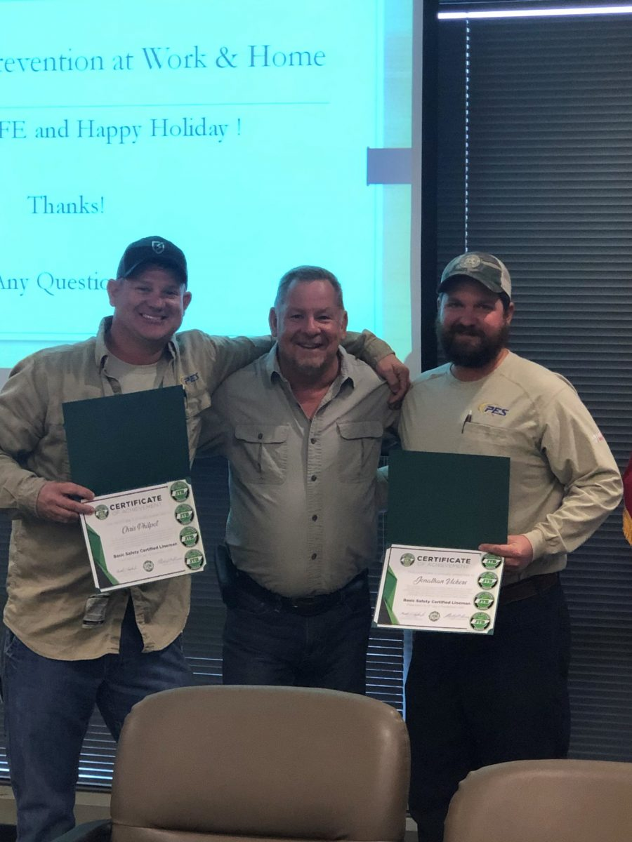 2019 Basic SCL Recipients Chris Philpot and Jonathan Vickers from Pulaski Electric, with JT&S Instructor Tim Phegley